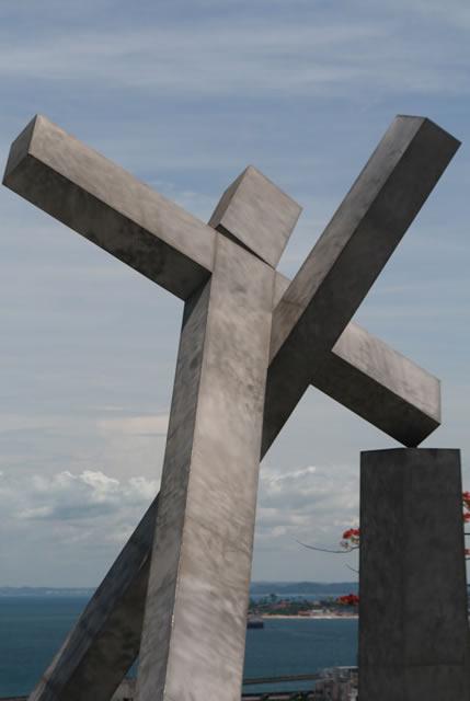 cruz en praça da Sé