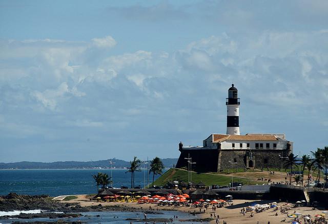 Playa y faro de Barra - Salvador de Bahía
