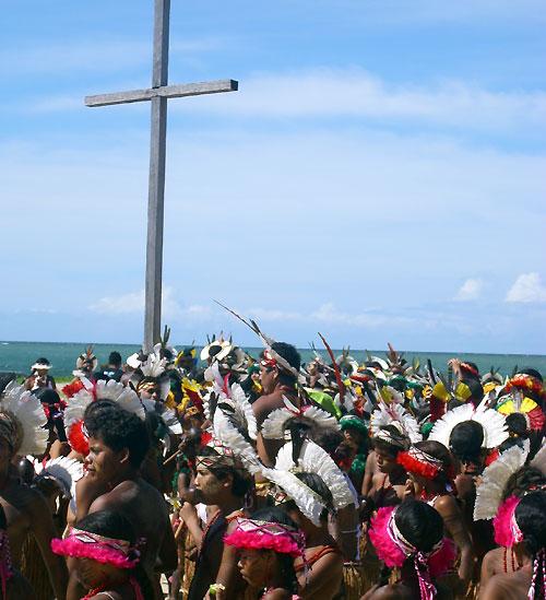 Cruz e indios Pataxós - sur de Bahía